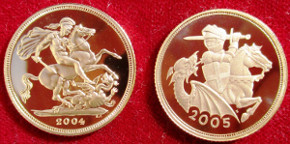 Elizabeth II, proof twin-set, comprising proof gold Sovereign 2004, proof gold Sovereign 2005 (new reverse)